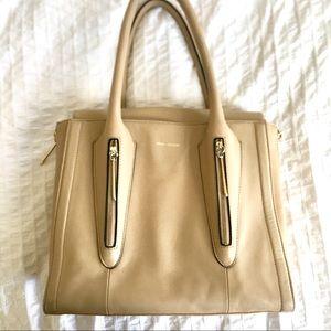 Pour la Victoire leather bag